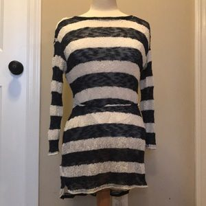 Long sleeve stripped maternity tunic